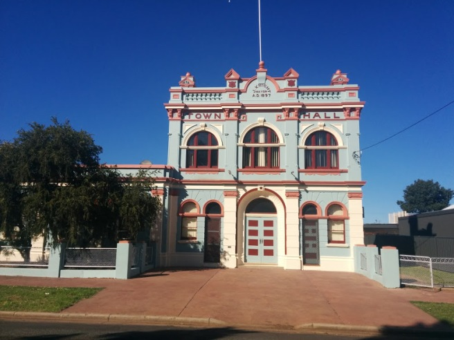 council-chambers-in-nyngan