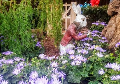 gardens rabbit